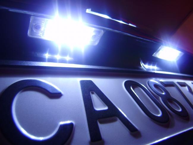 светодиодная подсветка номера автомобиля