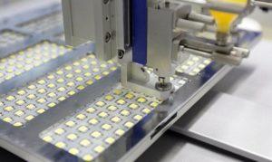 конвейерное производство светодиодов