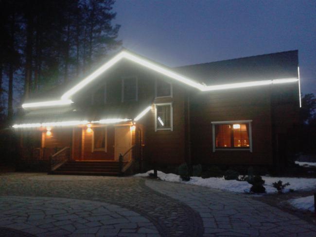 подсветка фасада светодиодной лентой